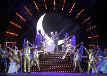 """Wielki powrót musicalu """"Crazy for you"""" na scenę opery na zamku."""